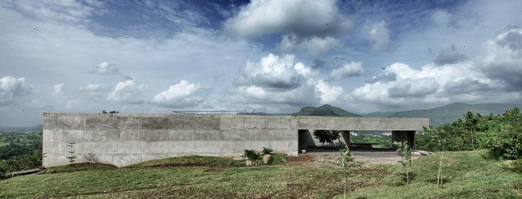 Galeria - A casa na Rocha Liquida / SPASM Design Architects - 7
