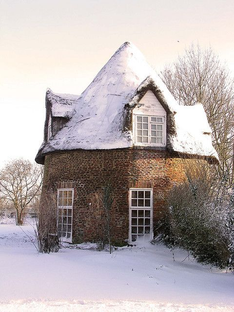 """""""Round House - *Little Thetford, Isle of Ely, Cambridgeshire County, England*"""" -- [Apparently, an 18th century Gothic folly. This residential property is a grade II listed building. as of 2010, David Moss is the present owner.]~[Photograph by grytr (John McCullough) - January 31 2003]'h4d'121126"""