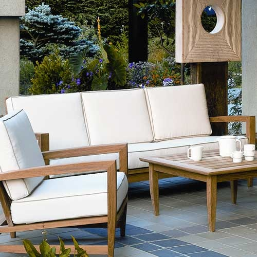 17 best images about wallace on pinterest patio for Sofas de madera para jardin
