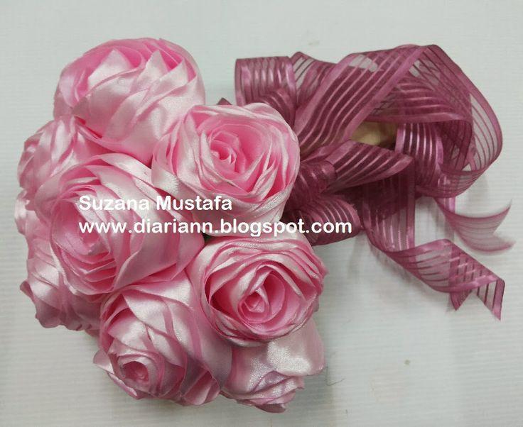 Suzana Mustafa: DIY ROLLED ROSE