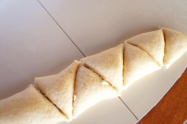 Greek Feta Cheese Triangle Pies, Τρίγωνα Τυροπιτάκια Κουρού, Μοναδικά κι Αφράτα Τυροπιτάκια, Τυροπιτάκια Κουρού, Τυροπιτάκια με Ζύμη Κουρού