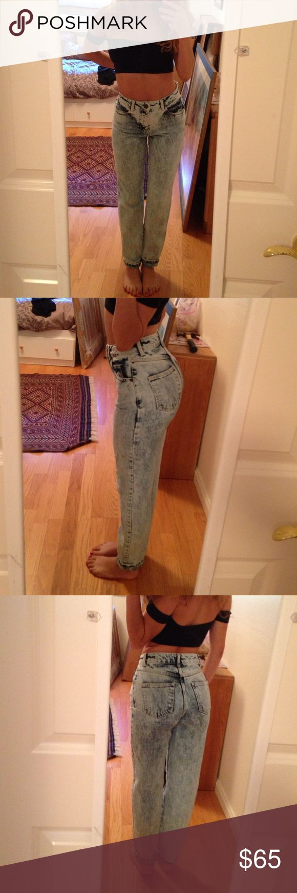 TOPSHOP Acid Wash Mom Jeans Super cute and comfortable. So cute, I just don't wear them enough :( like new! Topshop Jeans