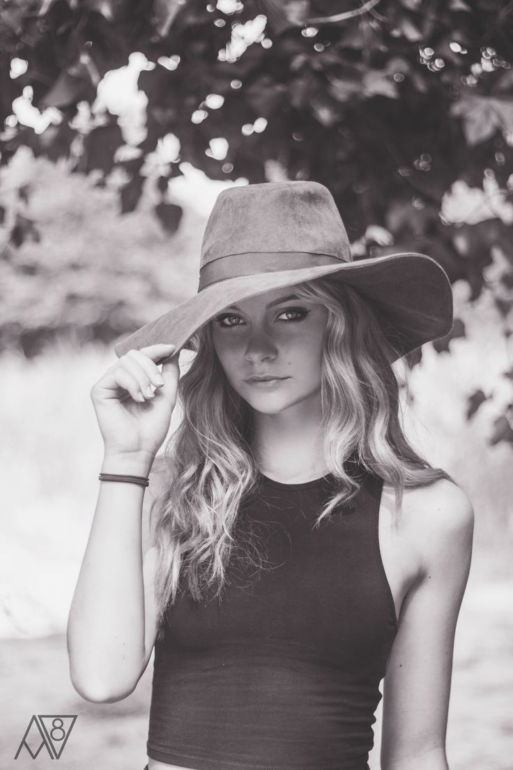 model, photography, editorial, fashion, outdoor, outside, girl, bw, summer, fashionphotography