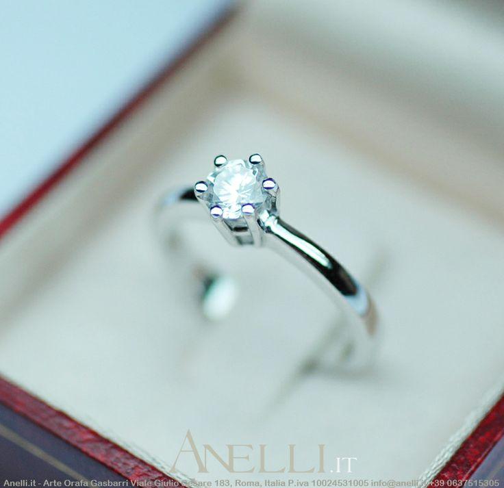 San Valentino sta arrivando!!!! Ecco un bellissimo modello di anello solitario in oro bianco 18 karati con Diamante di 0,50 carati (mezzo carato) colore F purezza VS1, prezzo finale 2570€ iva inclusa! <3 <3 <3 <3 <3 #sanvalentino #solitariovalentino #anellosolitario #mezzocarato #svalentino #regalisanvalentino #regalosanvalentino #gioiellisanvalentino #anellisanvalentino #gioiellosanvalentino http://www.anelli.it/it/anelli-solitario/solitario-mezzo-carato-colore-f.html
