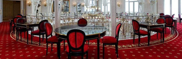 Hermitage Hotel, 5 star luxury hotel in Monaco. Luxury hotel in the South of France