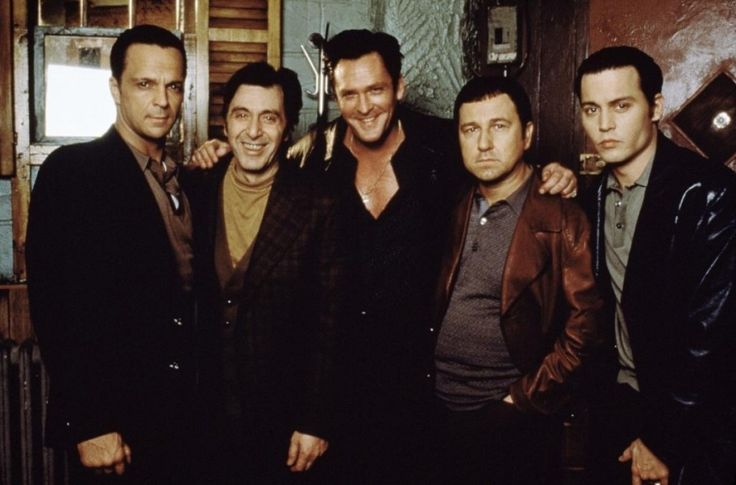 Johnny Depp, Al Pacino, Michael Madsen, Bruno Kirby, and James Russo in Donnie Brasco (1997)