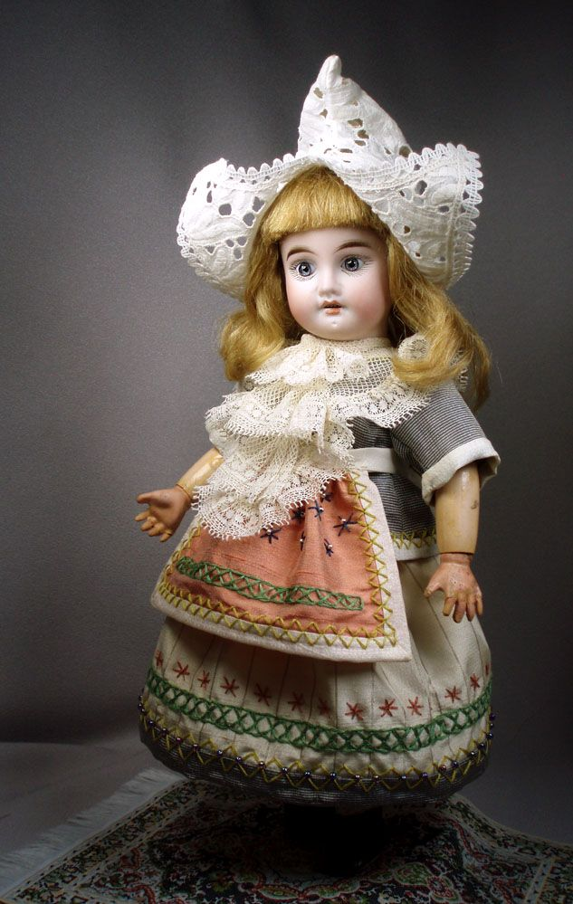 LSdS Holland costume for Bleuette. Made by House-of-Bleus