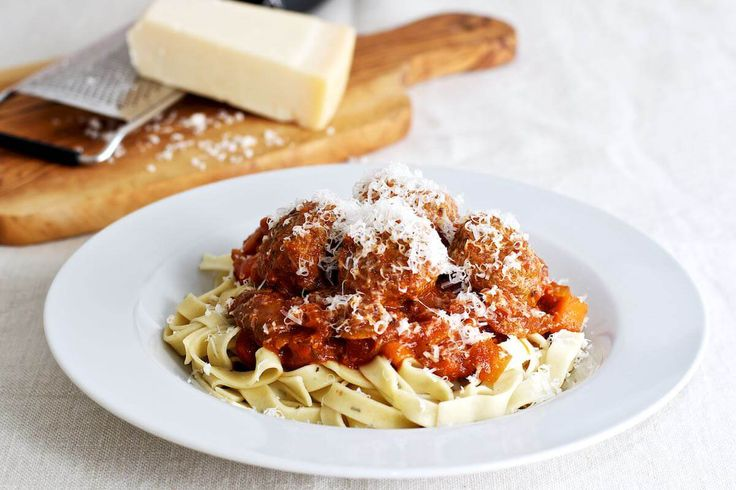 Spaghetti meatballs - kødboller i tomatsauce