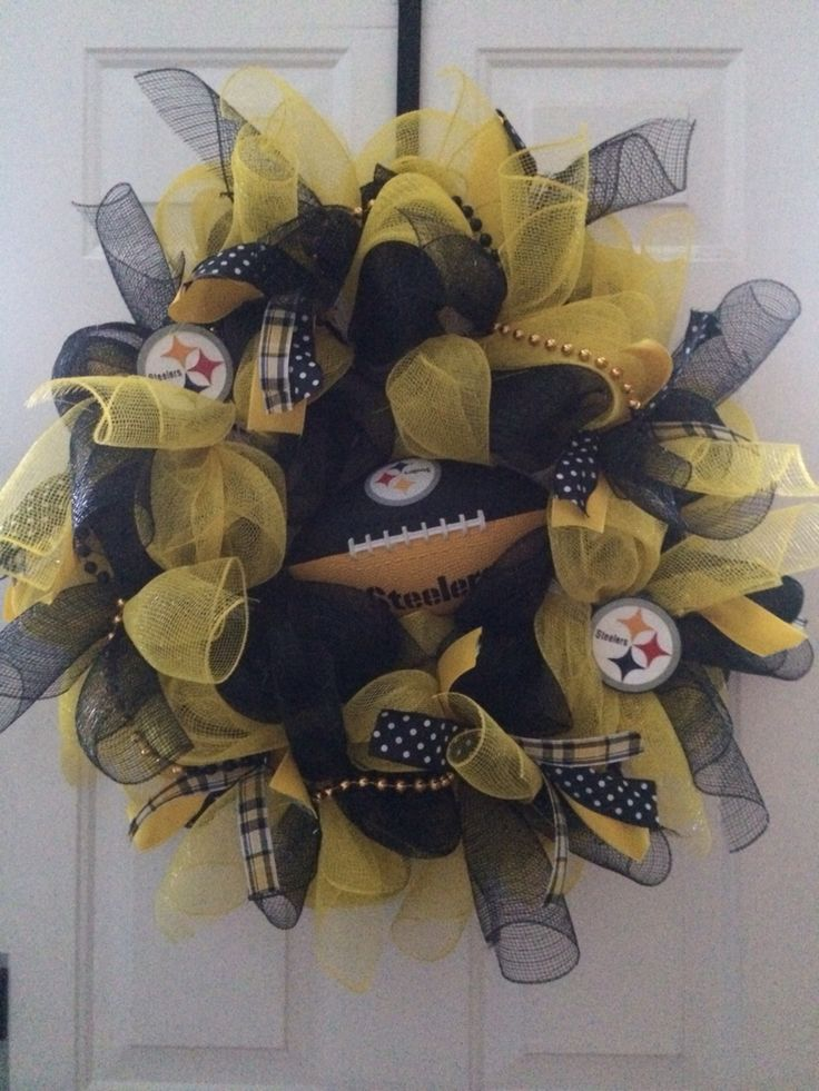 Steelers Wreath (With images) Steelers wreath, Wreaths