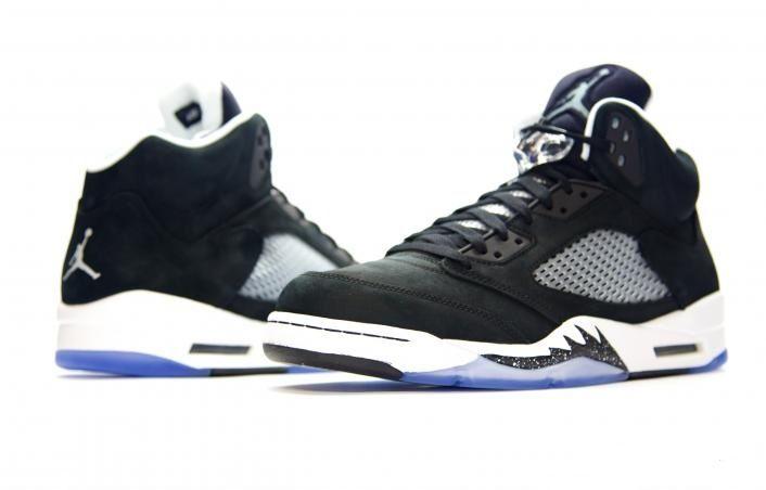 136027-035 Air Jordan 5 Oreo Black / White   $121   http://www.sneakerforsale2014.com/136027-035-air-jordan-5-oreo-black-white-680.html