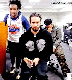 seth rollins   Tumblr -- Um what the hell is he doing? xD