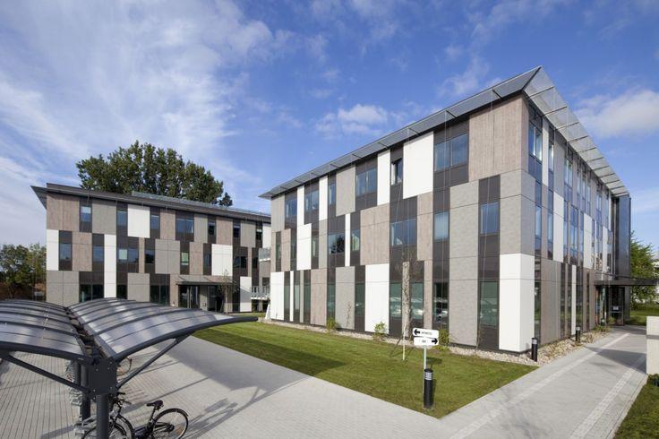 Centre d'Etudes Supérieures Industrielles à Lingolsheim, par SCHWEITZER et Associés Architectes