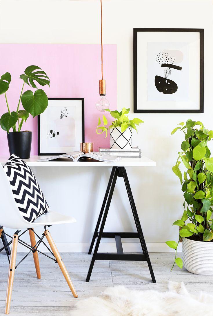 Schwarz / Weiß / Rosa Schreibtisch