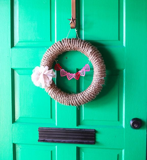 Rope | 50 Unexpected Wreaths You Can Make Out Of Anything