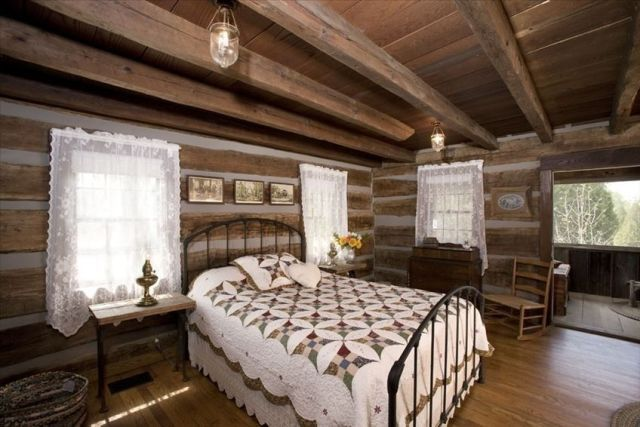 5 Rustic Decorating Ideas To Steal From This Beautiful Log Cabin Home Design Home And Beautiful