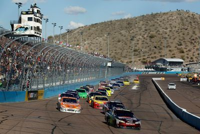 Phoenix International Raceway  Home of the Valley edition of the NASCAR NEXTEL Cup Series and other racing events throughout the year.  Daily @ Phoenix International Raceway   Avondale, AZ 85323, USA     Phoenix International Raceway 7602 S. Avondale Blvd. Avondale,AZ 85323     623-772-2000     Aug 23, 2013 12:00     Dec 31, 2013 12:00