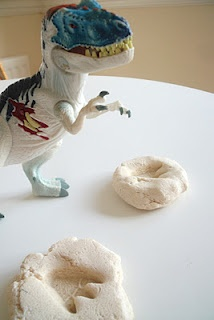 fossils: Dinosaur Crafts, Dinosaur Fossils, Classroom Ideas, Friend, School Ideas Dinosaurs, Dino Fossils, Kid