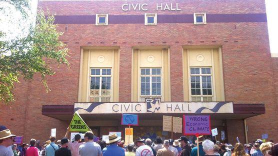 Ballarat Civic Hall with Supporters. 2013/