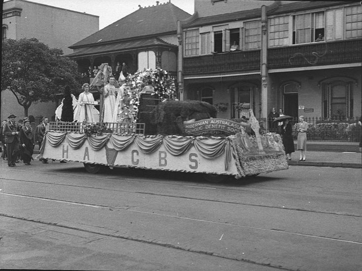 Hibernian Australasian Catholic Benefit Society float passes down Flinders Street in the St Patrick's Day parade, Sydney, 11 March 1939. Sam Hood Collection, Mitchell Library, State Library of New South Wales: http://www.acmssearch.sl.nsw.gov.au/search/itemDetailPaged.cgi?itemID=24619