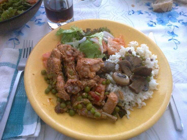 Made by Mom //// Stewed Rabbit with Sautéed Mushrooms and Peas Rice // Coelho Estufado com Cogumelos Salteados e Arroz de Ervilhas