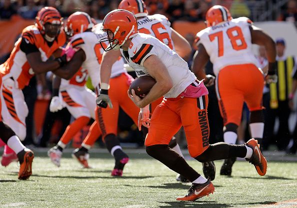 Browns vs. Bengals:     October 23, 2016  -  31-17, Bengals  -      Kevin Hogan #8 of the Cleveland Browns carries the ball during the third quarter of the game against the Cincinnati Bengals at Paul Brown Stadium on October 23, 2016 in Cincinnati, Ohio. (Photo by Andy Lyons/Getty Images)
