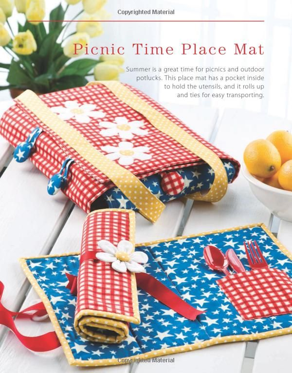 Seasonal Table Toppers: 20 Quick-to-Stitch Projects (Annie's Sewing): Chris Malone: 9781596358027: Amazon.com: Books