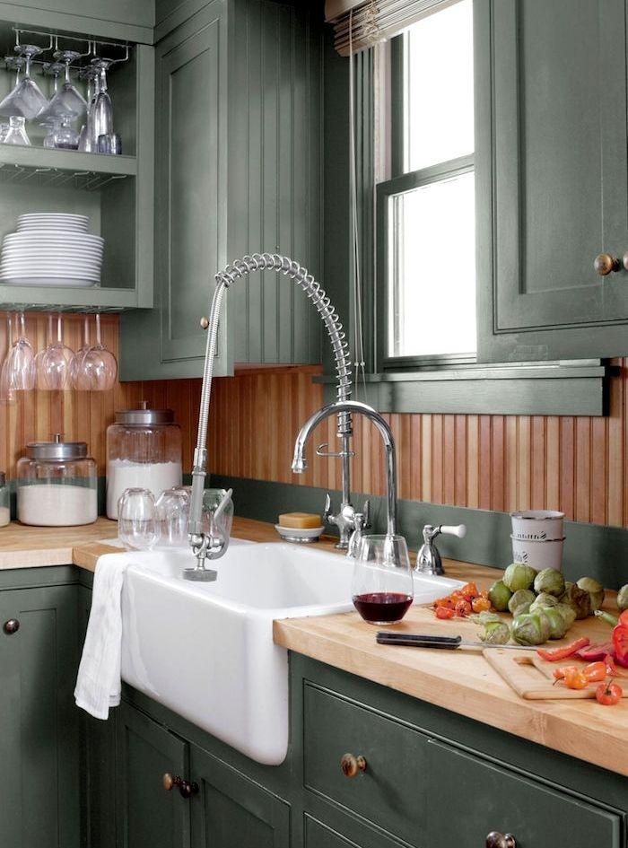 1001 Idees Comment Integrer La Peinture Vert De Gris Dans Son Interieur Peinture Vert De Gris Vert De Gris Cuisine Grise Et Bois