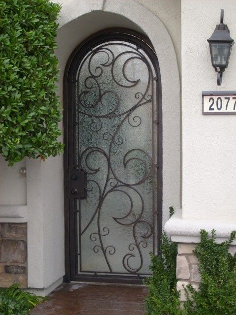 wrought iron doorway-if only i had the doorway for it to go in