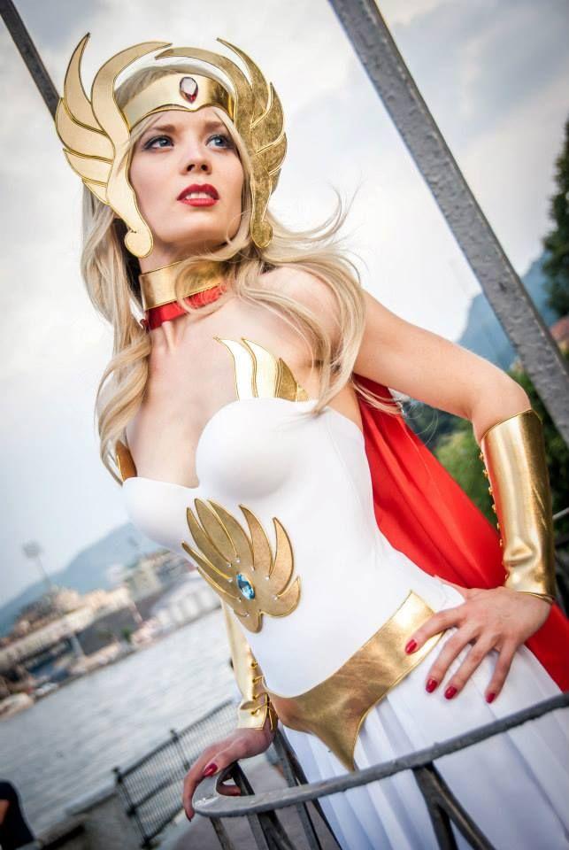 Perfect She-Ra cosplay! - 10 She Ra Cosplays