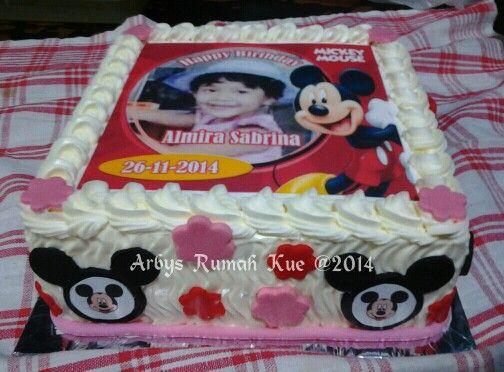 Mickey edible cake