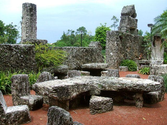 Коралловый замок (Coral Castle) | Достопримечательности Майами - Города США