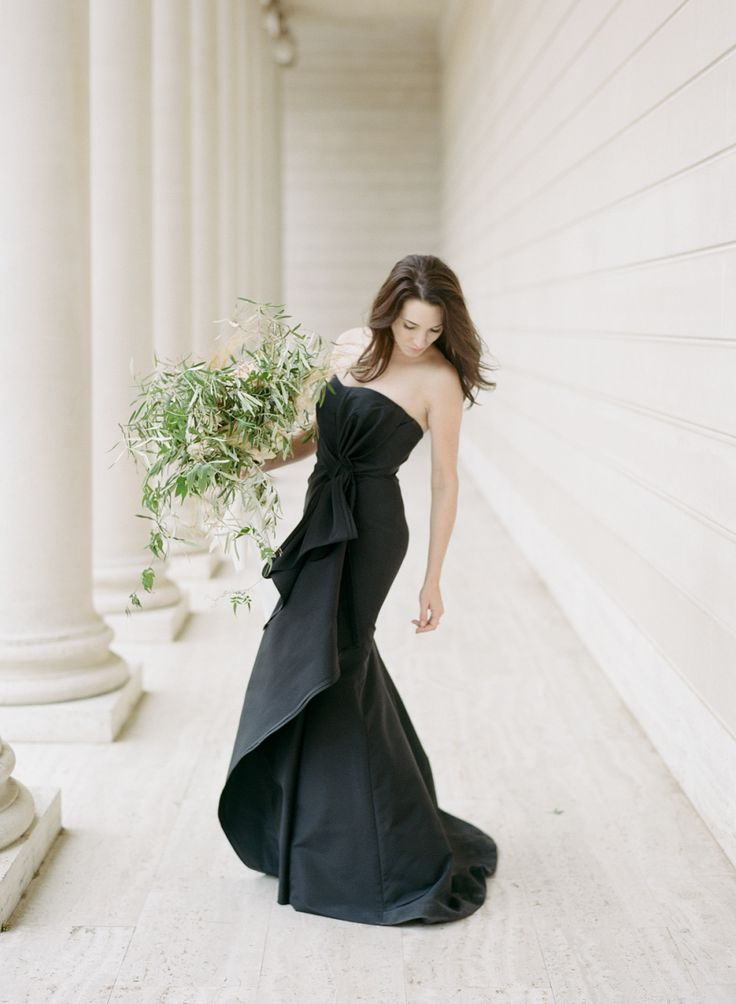 A chic black wedding gown: Photography: Sylvie Gil - http://www.sylviegilphotography.com/