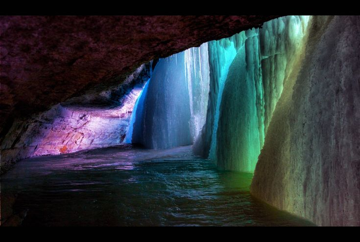 Underwater cave: Found via Google search