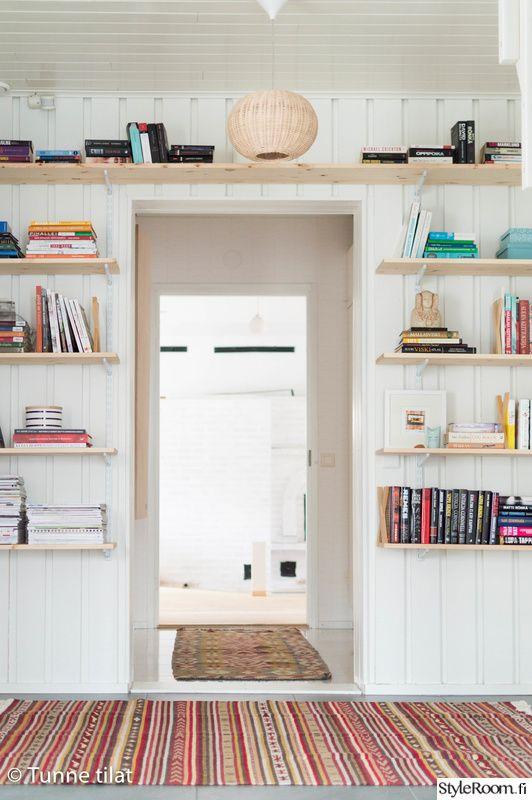 shelves, eteinen, seinähylly,  kirjahylly