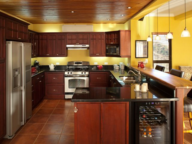 Horseshoe-Shaped Kitchen Islands | Villa del Oro - Just Reduced by $150,000! Ocean view estate home ...