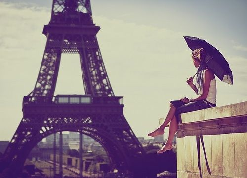 6 Essentials for Parisian Style
