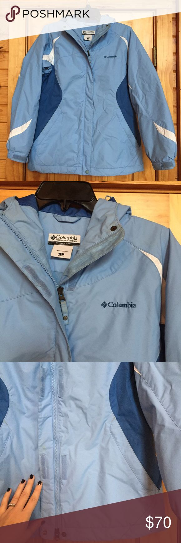 Super Warm Columbia Coat So warm! Breathable fleece on the inside and super waterproof on the outside. The hood has a little bill that keeps water out of your eyes. The zipper flap has snaps and Velcro to keep you extra warm! Make an offer! Columbia Jackets & Coats Puffers