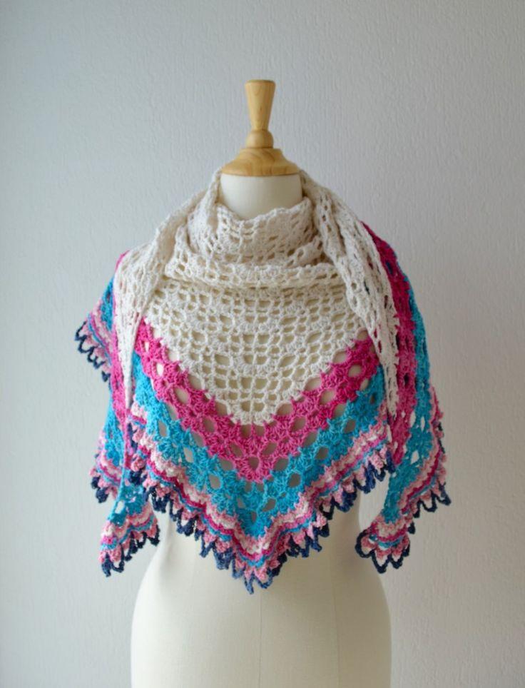 Free crochet pattern : It's a Sunny Day Shawl* ༺✿ƬⱤღ  https://www.pinterest.com/teretegui/✿༻