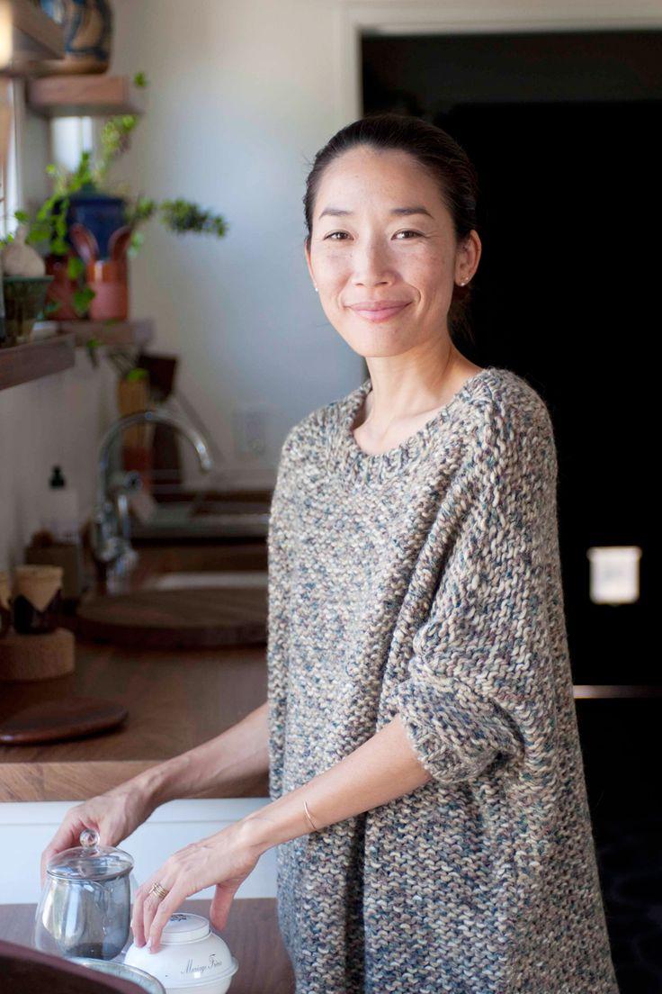 Momo Suzuki - Black Crane, Fashion, Minimalist Decor