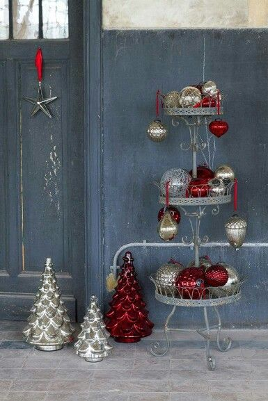 40 best Christmas Decorations - Modern Contemporary Industrial - contemporary christmas decorations