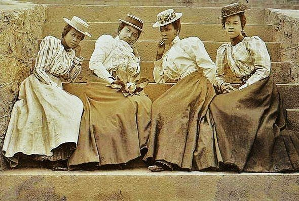 25 best images about womens clothing in history 1628 1990