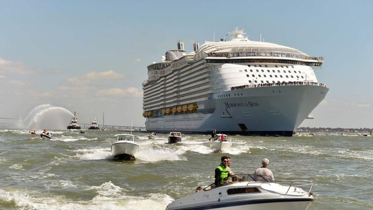 France. Dimanche 15 mai 2016. Le paquebot Harmony of the Seas patiente dans le porte de Saint-Nazaire, jeudi 12 mais, le jour de sa remise officielle et dans l'attente de son départ pour Southampton.