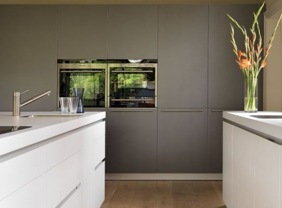 Sociable family living bulthaup by Kitchen architecture www.bulthaupsf.com #bulthaup #kitchen #design
