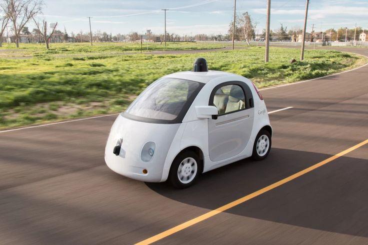Les Google Cars sont désormais bel et bien en service dans les rues de Mountain View - http://www.frandroid.com/marques/google/291667_google-cars-desormais-bel-bien-service-rues-de-mountain-view  #Automobile, #Google