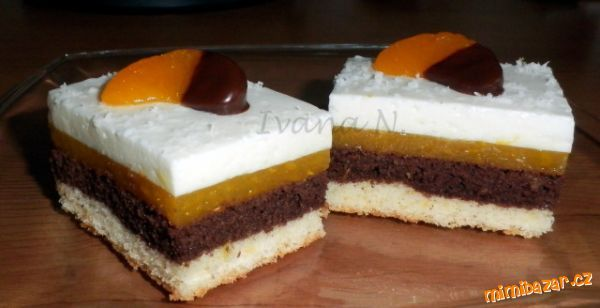 Mandarinkové řezy s jogurtem
