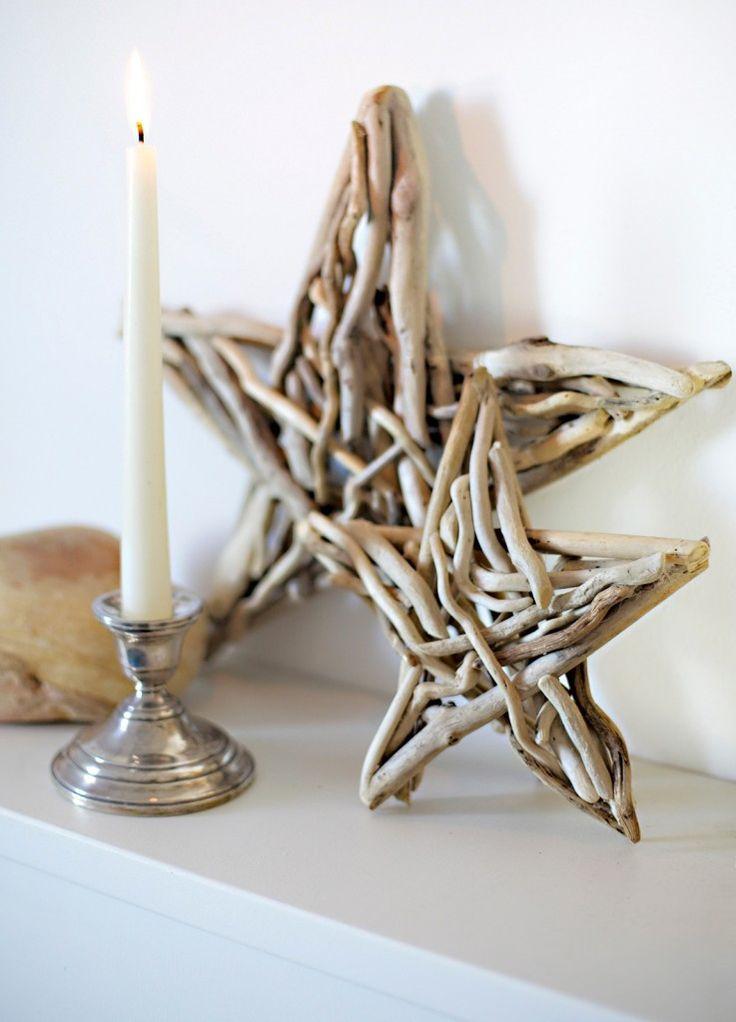 Con i legni ritrovati sulle spiagge dopo le mareggiate si possono creare semplici ma raffinati oggetti, per abbellire la casa con pezzi di recupero e naturali.