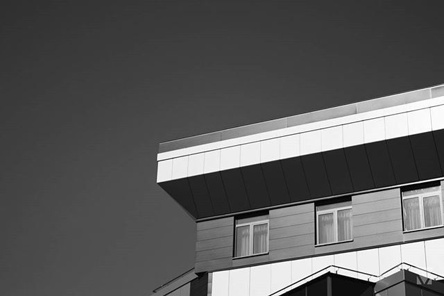 Corners ___  #autohash #photography #photo #minimalism #minimal #minimalist #minimalistarchitecture #blackandwhite #architecture #building #outdoors #sky #city #modern #concrete #street #house #business #expression #urban #construction #roof #light #facade #steel