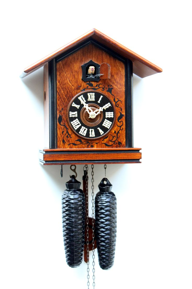 best images about cuckoo clocks black forest our range includes german and black forest clocks cuckoo clocks grandfather clocks modern traditional clocks bavarian folk music souvenirs and gifts