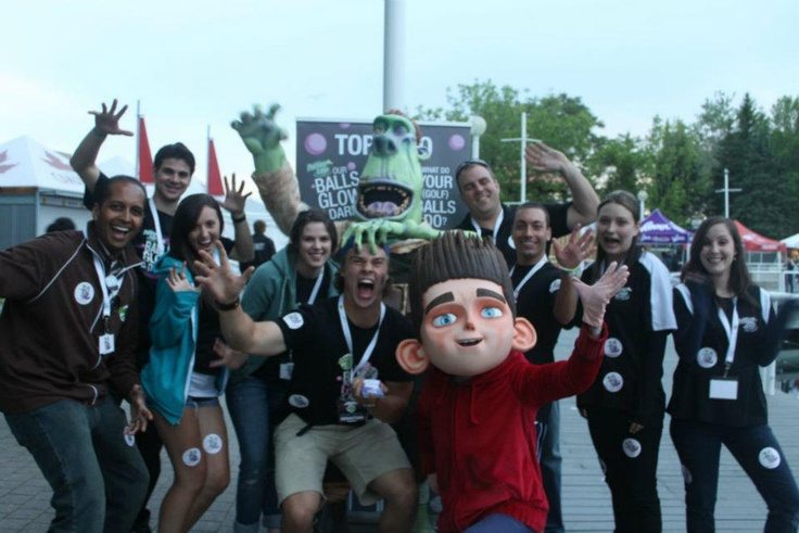 The Putting Edge team was at the One Direction Concert on May 31 at the Molson Canadian Amphitheatre in Toronto!