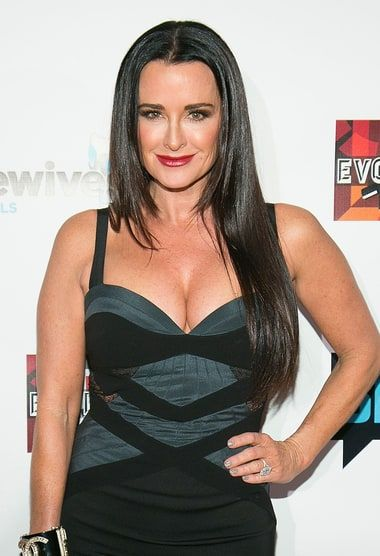 Kyle Richards Reunites With Sister Kathy Hilton After Family Feud: Photo - http://www.hollywoodfame.com/kyle-richards-reunites-with-sister-kathy-hilton-after-family-feud-photo.html